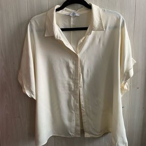 FOREVER 21- Cream Short Sleeved Button Up